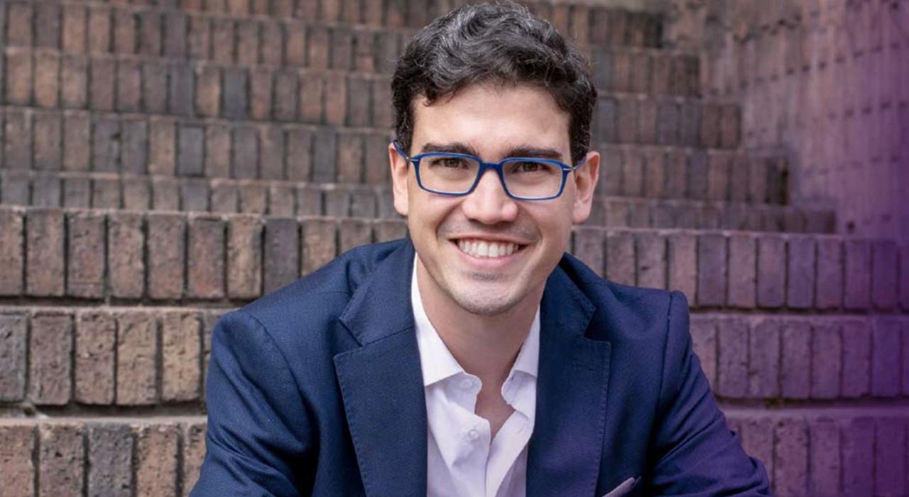 El emprendedor social colombiano Juan David Aristizábal, Premio Internacional 2021